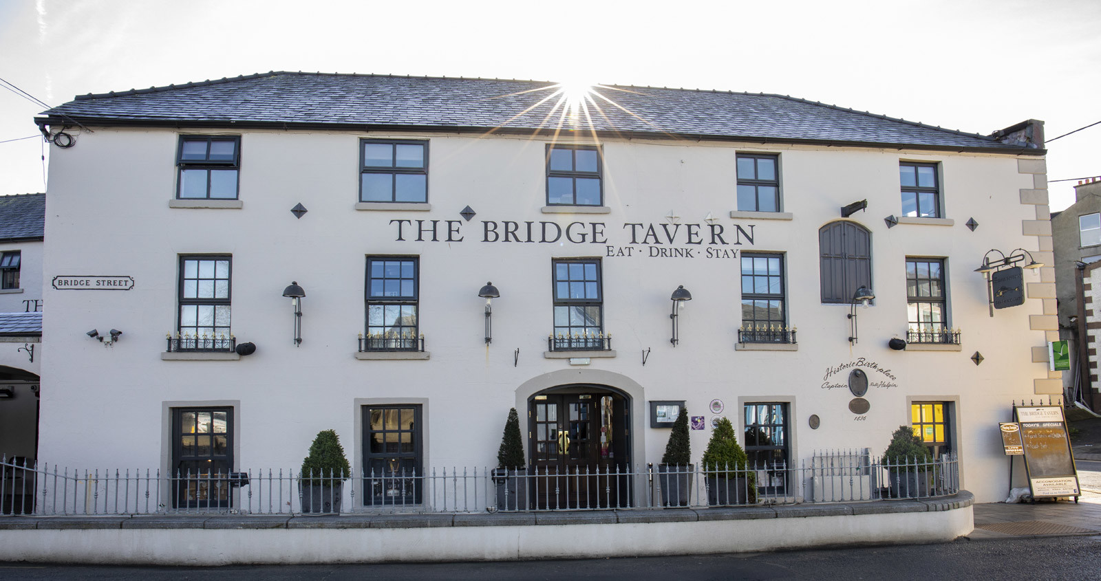 Accommodation, Food & Drink in Wicklow - The Bridge Tavern Wicklow